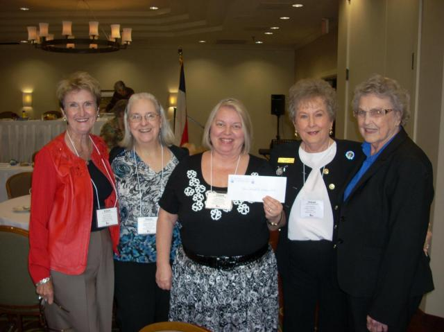 Jean Holden, Bonnie Haynes and Jean Houck; TFWC Capitol District President Jeri Harkins, and TFWC State President Dorothy Roberts
